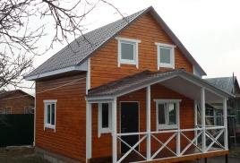 Новый дом на дачном участке, постройки 2015 года.